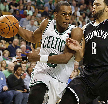 Rajon Rondo scores 20 points to help the Celtics bring an end to the Nets' four-game winning streak.  (USATSI)