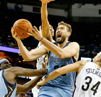 Marc Gasol and the Grizzlies need every win they can get as they compete for a playoff spot.  (USATSI)