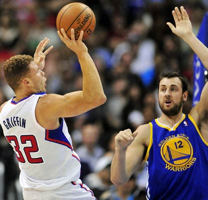 The Warriors have no answer for Blake Griffin, who compiles 30 points and 15 rebounds for the Clippers.  (USATSI)
