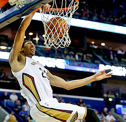 Anthony Davis is a one-man wrecking crew, posting career highs of 40 points and 21 boards in a Pelicans win.  (USATSI)