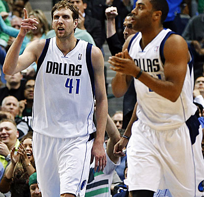 Dirk Nowitzki leads a balanced Mavs attack with 19 points. Can Dallas make hay on an eight-game homestand?  (USATSI)