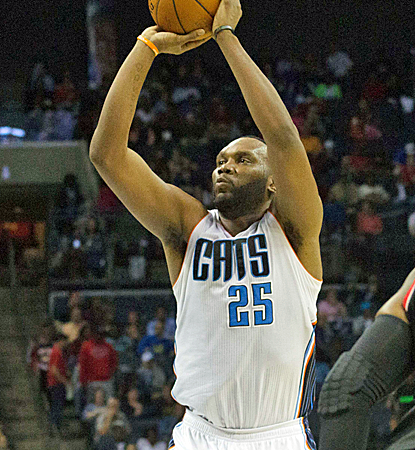 Al Jefferson is one of three Bobcats to put up 20-plus points in a blowout victory over the Blazers.  (USATSI)