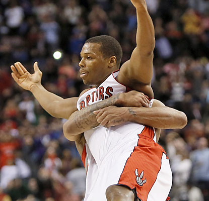 Kyle Lowry scores 25 points, including 13 during a stretch where the Raptors erase an 11-point deficit. (USATSI)