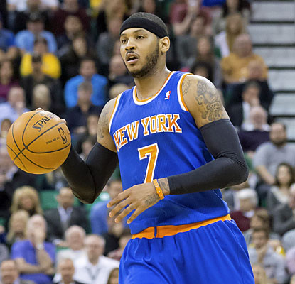 Melo scores 34 points as the Knicks keep pace with the Hawks, who still hold a one-game lead for the East's eighth seed. (USATSI)