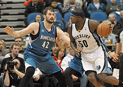 Kevin Love dominates his matchup with Zach Randolph, outscoring him 24-4 and limiting him to 1-of-8 shooting.  (USATSI)