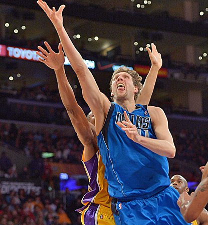 Dirk Nowitzki puts up 27 points, and the Mavericks keep pace in the tight West with a win over the Lakers.  (USATSI)