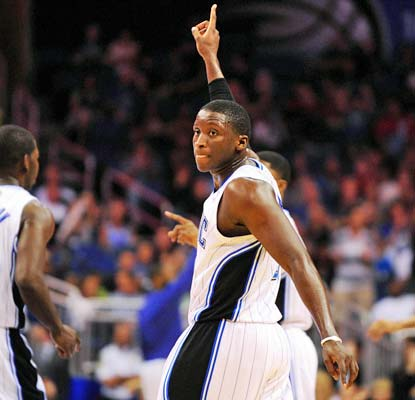 Victor Oladipo chips in with 16 points and six assists as the Magic snap a three-game losing streak.  (USATSI)