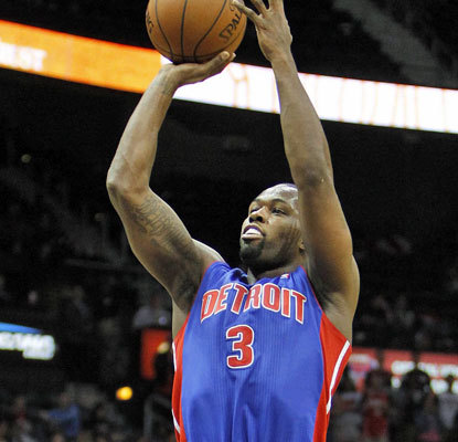Rodney Stuckey scores a game-high 29 points to help the Pistons snap a 10-game skid in Atlanta. (USATSI)