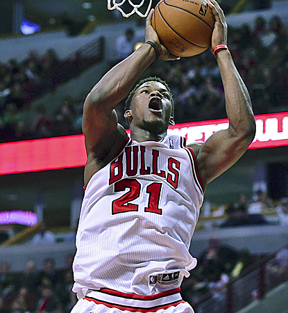 Jimmy Butler is one of six Bulls in double figures. Chicago can clinch the 3 seed, but needs a Toronto loss. (USATSI)