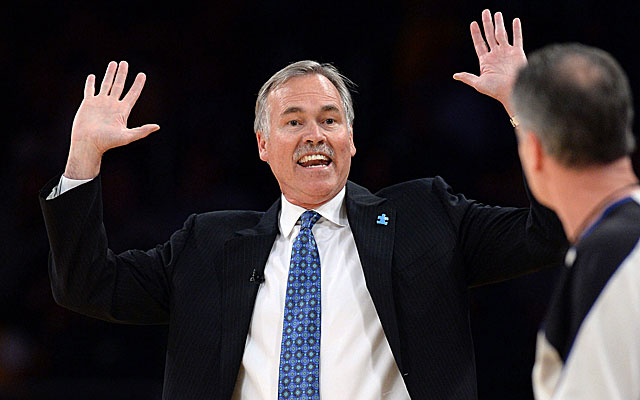 Mike D'Antoni had been pushing the Lakers to pick up his contract option. (USATSI)