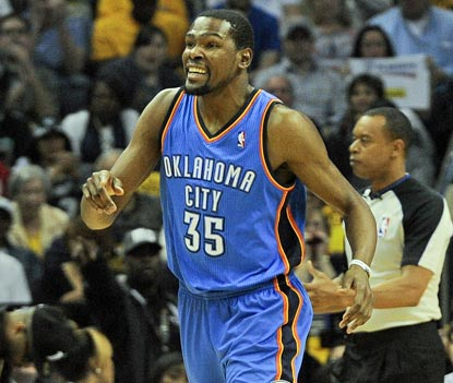 Kevin Durant answers his critics with a 36-point outing in a do-or-die situation. He sets the tone with 14 in the first period. (USATSI)