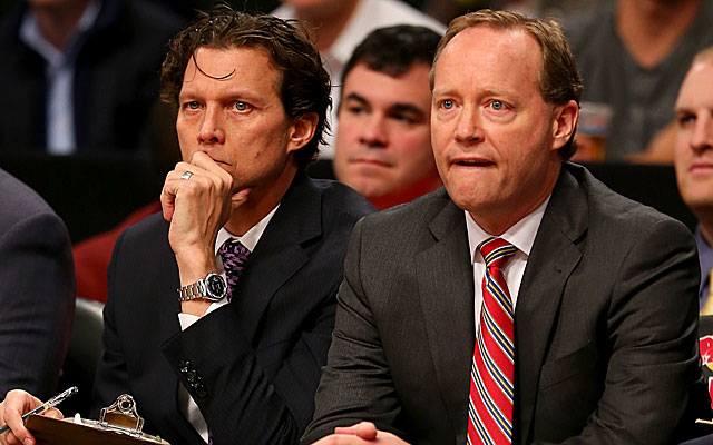 Quin Snyder (left) was Mike Budenholzer's assistant in Atlanta this season.  (Getty)