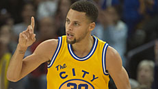 Warriors clobber Lakers