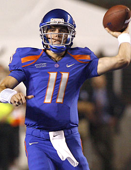 Kellen Moore and Boise State continues to roll early in the season. (AP)
