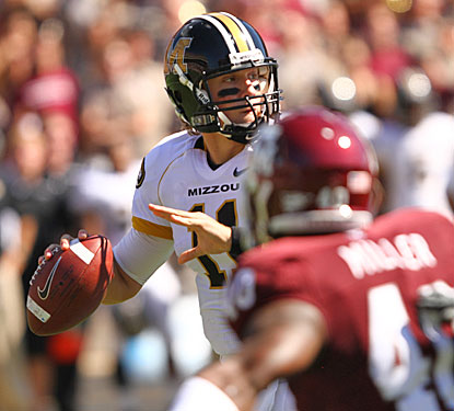 Blaine Gabbert helps Mizzou to the fifth 6-0 start in school history with 361 yards and three touchdown passes.  (US Presswire)