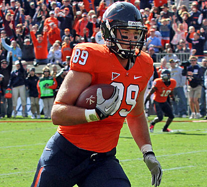 Virginia tight end Colter Phillips easily scores on a fourth-down pass to give the Cavs their first touchdown.  (US Presswire)