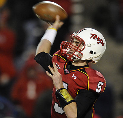 Quarterback Danny O'Brien torments the Wolfpack by throwing for a career-best 417 yards and four TDs.  (AP)
