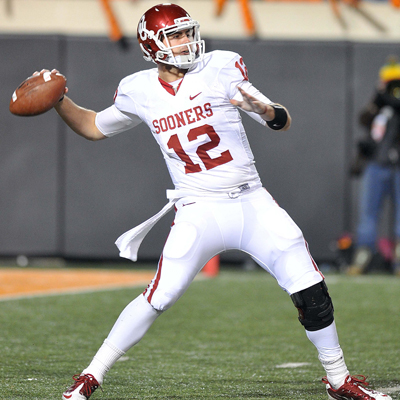 Oklahoma QB Landry Jones goes 37-62 for 468 yards and 4 TDs in the Bedlam game against Oklahoma State. (US Presswire)