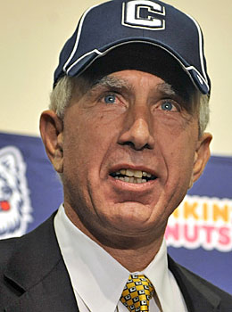 Paul Pasqualoni's hiring at UConn is pushing a donor to the former Syracuse coach's old school. (AP)