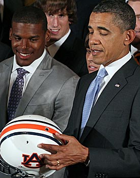 President Barack Obama congratulates Cam Newton and Auburn for their national title. (Getty Images)