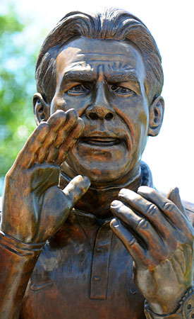 Four years after his first media days as 'Bama coach, there is a Nick Saban statue in Tuscaloosa. (US Presswire)