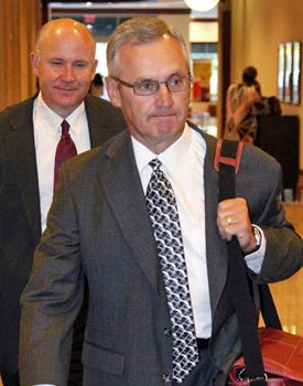 An apologetic Jim Tressel arrives in Indianapolis for the NCAA hearing. (AP)