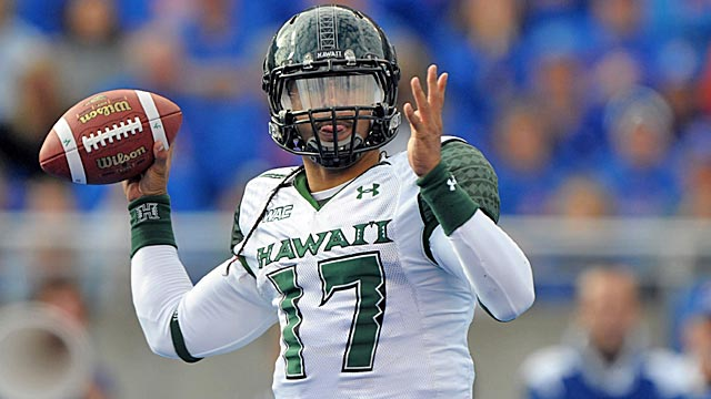 Behind Bryant Moniz's accurate arm, Hawaii is the preseason favorite to win the WAC. (US Presswire)