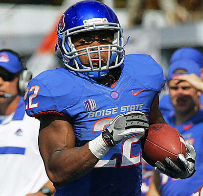 Boise State's Doug Martin runs for a season-best 126 yards and two touchdowns on 21 carries against Nevada. (AP)