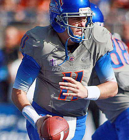Kellen Moore is 23 of 29 for 281 passing yards, including three touchdowns for Boise State. (US Presswire)