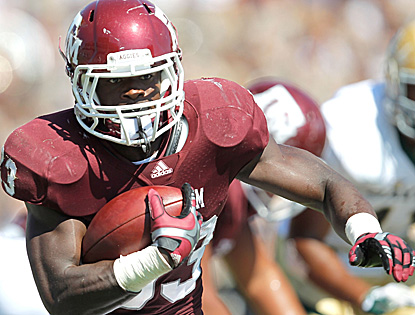 Christine Michael rushes for 142 yards and a score on just 18 carries to help the Aggies improve to 3-1 in the Big 12. (Getty Images)