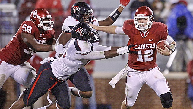 Texas Tech coach Tommy Tuberville has a history of pulling off big upsets. (AP)