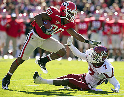 Brandon Harton, a former walk-on, rushes for 98 yards to help No. 18 Georgia win its seventh game in a row. (US Presswire)