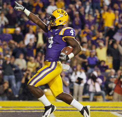 Alfred Blue scores one of his two touchdowns as LSU dispatches overmatched Western Kentucky.  (Getty Images)