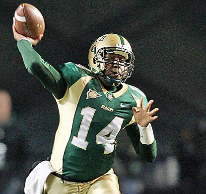 UAB quarterback Jonathan Perry throws for 264 yards and two TDs to help the Blazers upset the Golden Eagles. (US Presswire)