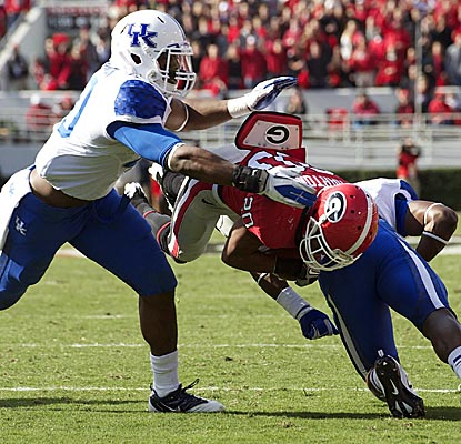 Subbing for top rusher Isaiah Crowell, Brandon Harton picks up 101 yards as the No. 13 Bulldogs get past Kentucky. (US Presswire)