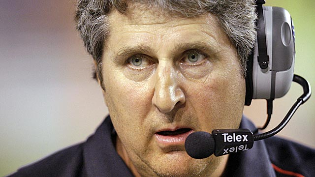 Washington State, with all its new TV money, was able to afford paying Leach $11M over five years. (AP)