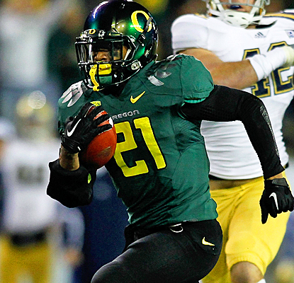 Oregon's LaMichael James races past the Bruins for 219 yards and three touchdowns on 25 carries. (Getty Images)
