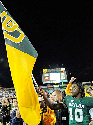 Robert Griffin III wants to accept the big award on behalf of Baylor. (US Presswire)