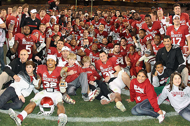 The Sooners return eight offensive and eight defensive players who started the Insight Bowl. (Getty Images)