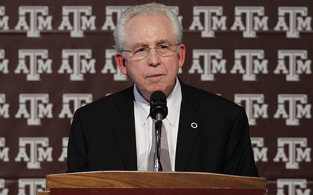Mike Slive didn't shy away from discussing an NCAA split Monday. (Getty Images)