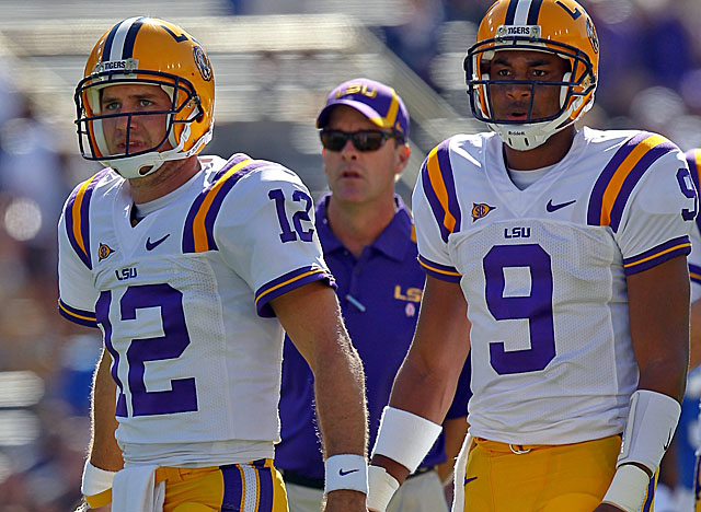 Under pressure vs. 'Bama, LSU coaches didn't see Jarrett Lee (left) as a viable option. (US Presswire)