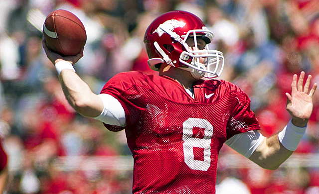 Tyler Wilson throws for 467 yards and three touchdowns in Arkansas' spring game. (US Presswire)