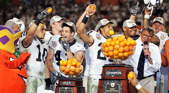 Joe Paterno and Penn State celebrate after winning an three-OT thriller at the Orange Bowl. (Getty)