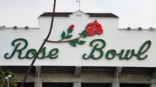 A plus-one playoff system would make the Rose Bowl a de facto semifinal venue. (Getty Images)