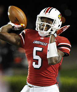 Teddy Bridgewater set a Louisville freshman passing record with 2,129 yards. (US Presswire)