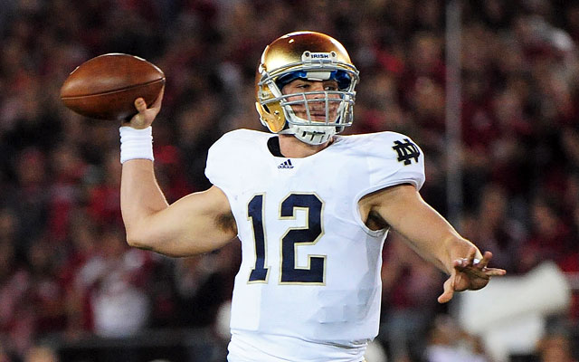 Despite never starting for Notre Dame, Andrew Hendrix might start against Navy. (US Presswire)
