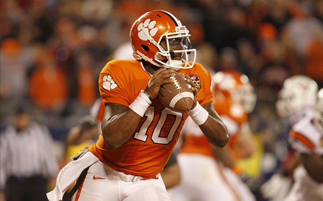Tajh Boyd threw for 3,828 yards and 33 TDs last year. (U.S. Presswire)