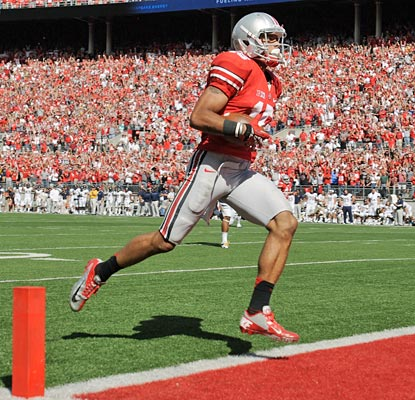 Devin Smith cruises into the end zone with a 72-yard touchdown that puts Ohio State ahead to stay.  (Getty Images)