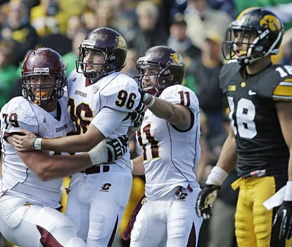 Central Michigan kicker David Harman celebrates after kicking the game-winning field goal from 47 yards out.  (AP)