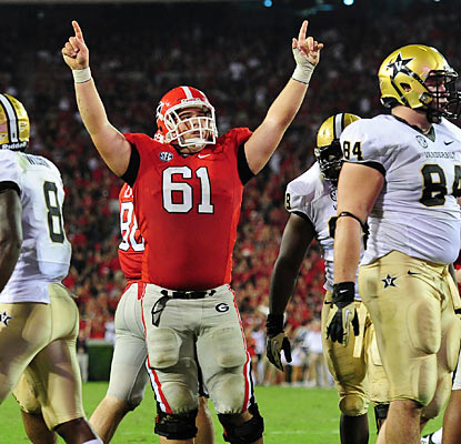 O-lineman David Andrews celebrates after his Bulldogs score in the third quarter against the Commodores. (Getty Images)
